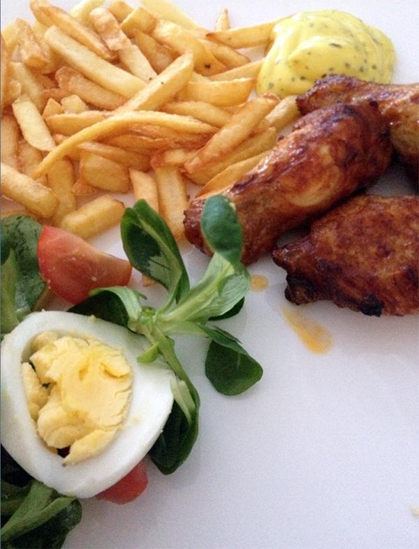 patat met chickenwings