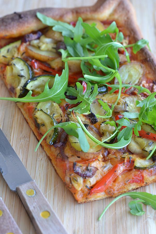 pizza met geroosterde groenten