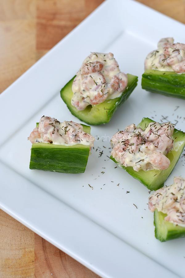 komkommerhapjes met garnalen