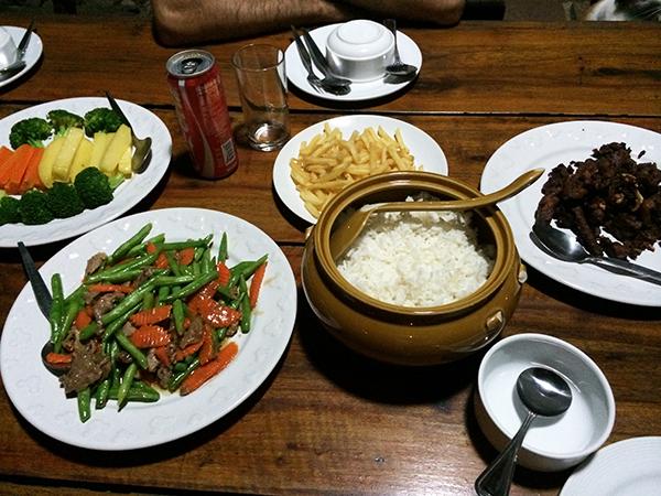 Koh Talu Island Resort diner