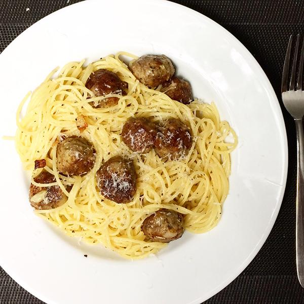 Knoflook/truffelspaghetti
