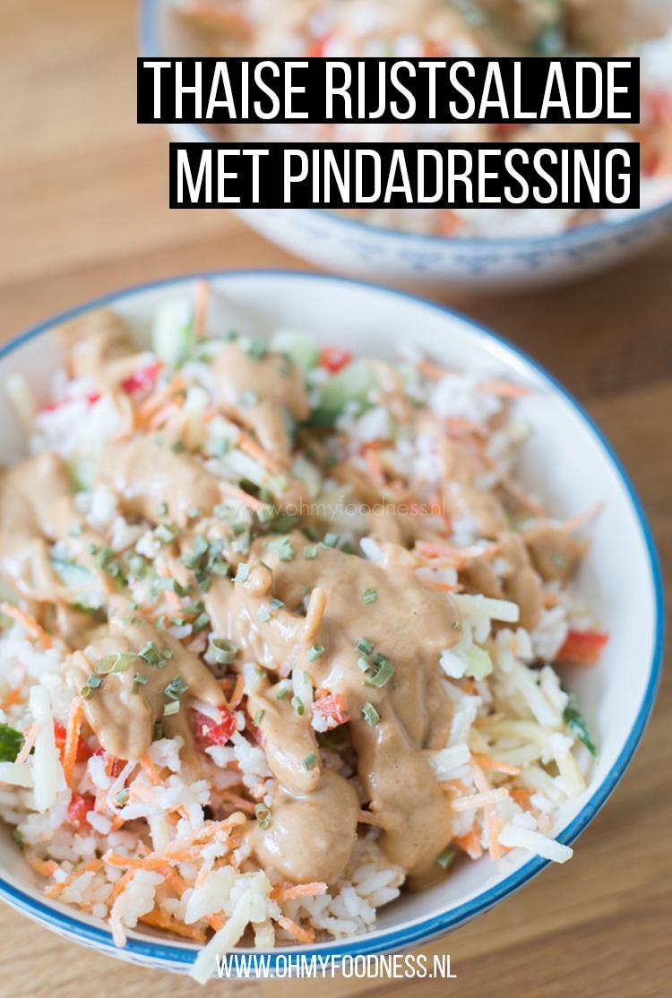 Thaise rijstsalade met pindadressing