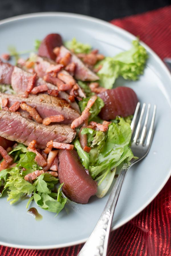 Stoofperensalade met biefstuk