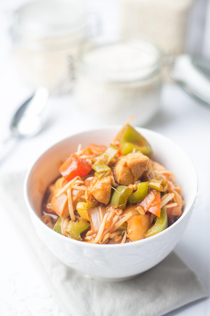 Zoetzure wokschotel met kip
