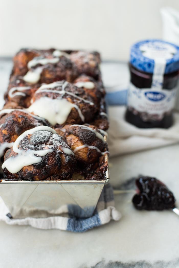 chocolade-kersen plukbrood