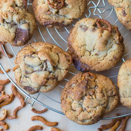 Peanutbuttercup & Pretzel cookies