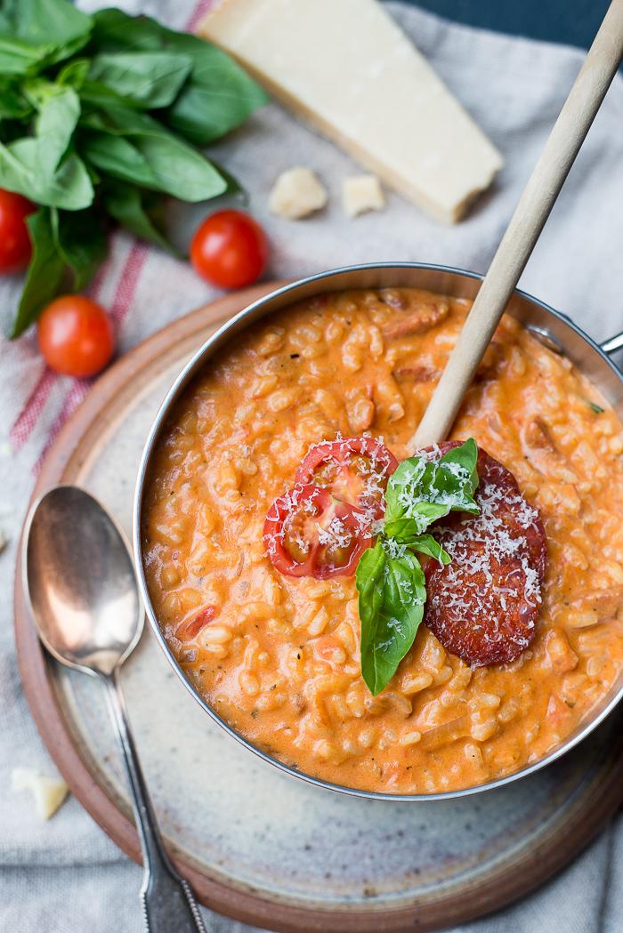 Tomatenrisotto met chorizo