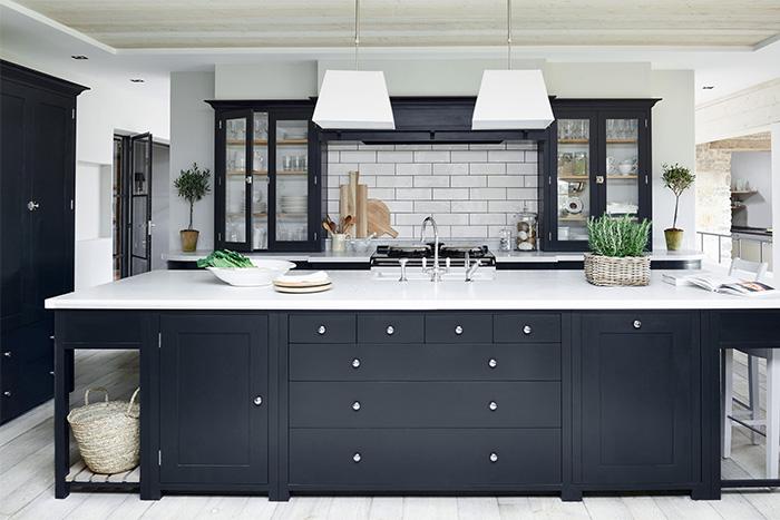 Industriële keuken in parallel opstelling bekijk foto s db keukens