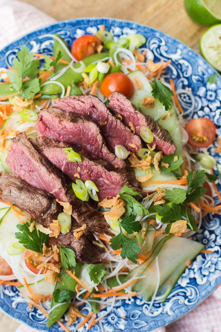 Aziatische biefstuksalade