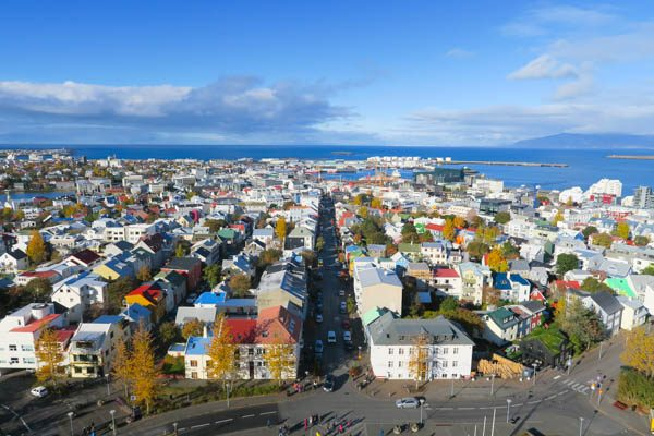 Travel Guide IJsland