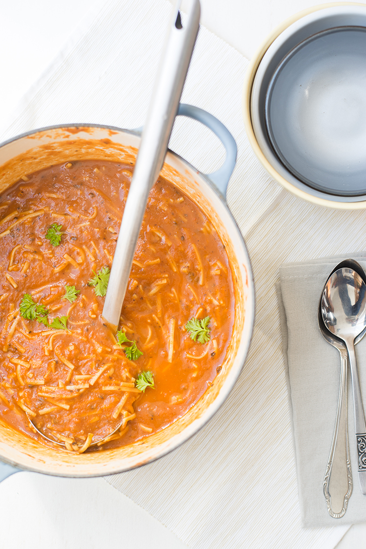 Geroosterde aubergine-tomatensoep