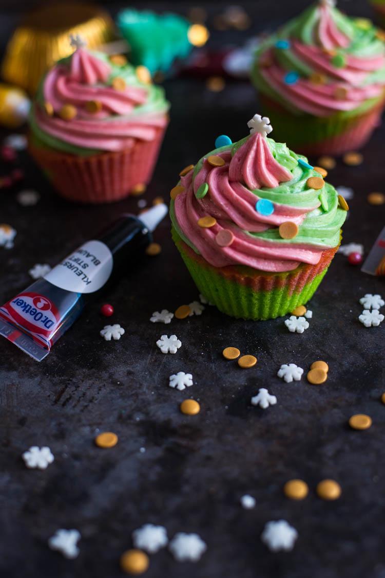 Vrolijke kerstcupcakes