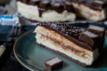 No bake Bounty cheesecake